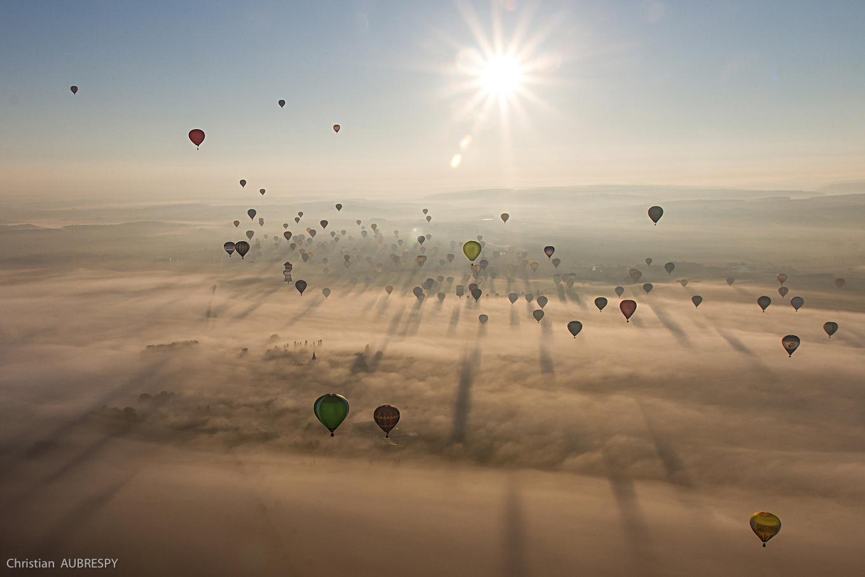 Christian Aubrespy - Montgolfières dans la brume